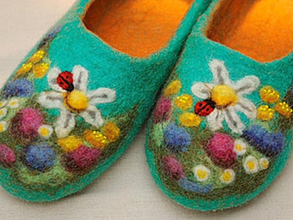 Валяем тапочки «Полянки» | Ярмарка Мастеров - ручная работа, handmade