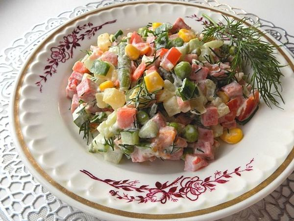 Салат из мексиканской смеси овощей с колбасой и картофелем | Ярмарка Мастеров - ручная работа, handmade