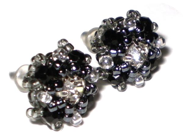 Создание серег-гвоздиков из бисера и кристаллов | Ярмарка Мастеров - ручная работа, handmade