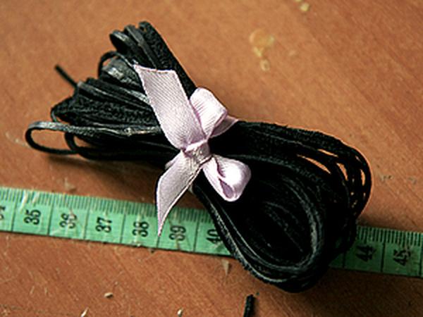Делаем длинный кожаный шнурок из обрезков кожи   Ярмарка Мастеров - ручная работа, handmade