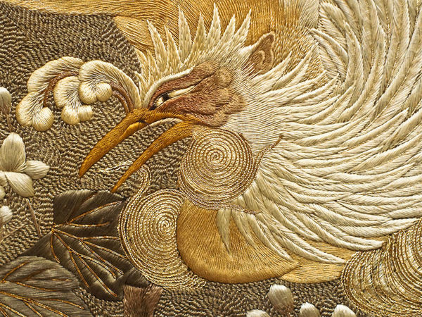Панно с фениксами 19 в., вышивка японской гладью