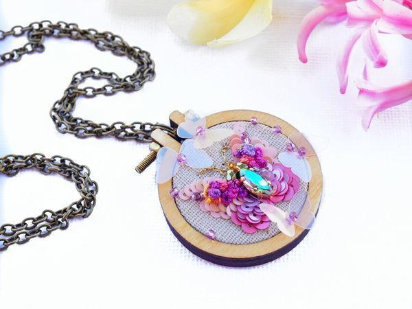 Creating a Butterfly Pendant with a Small Hoop | Livemaster - handmade
