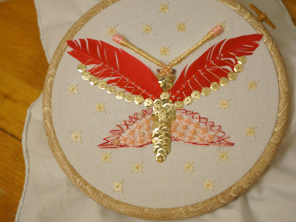 Вышиваем знаменитую бабочку с обложки «Point de croix et autres secrets de broderie» | Ярмарка Мастеров - ручная работа, handmade