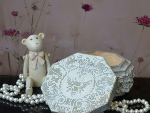 Белая шкатулка в стиле Прованс  «Qween Bee» , Подарок девушке | Ярмарка Мастеров - ручная работа, handmade
