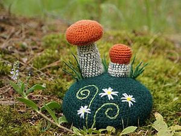 Вяжем крючком игольницу «По грибы». Часть 1 | Ярмарка Мастеров - ручная работа, handmade