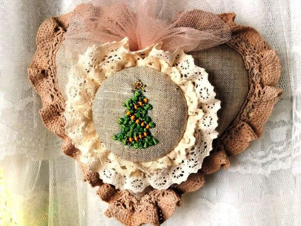 How to Sew a Christmas Toy in Shabby Style   Livemaster - handmade