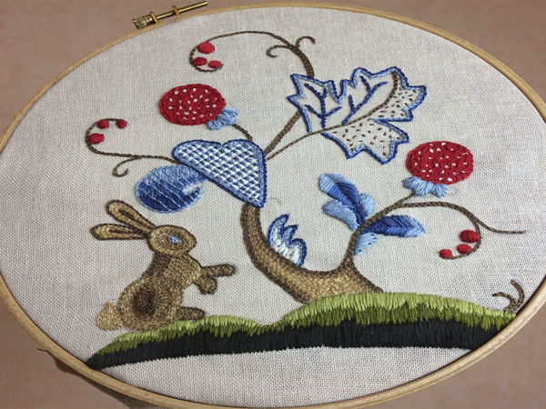 Вышивка  «Заяц в сказочном лесу» | Ярмарка Мастеров - ручная работа, handmade