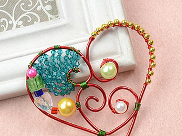 Как сделать сердцевидный кулон с использованием разноцветных бусин | Ярмарка Мастеров - ручная работа, handmade