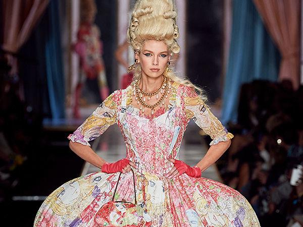 Мария-Антуанетта в мини и косухе? Платье-торт и пальто из цветов? Четырежды да! Как Moschino вернули моду XVIII века на современный подиум | Ярмарка Мастеров - ручная работа, handmade