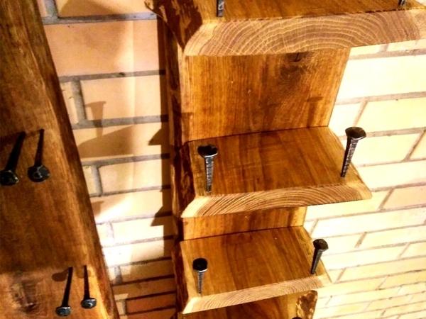 Винная полка из слэба дуба с кованными гвоздями   Ярмарка Мастеров - ручная работа, handmade