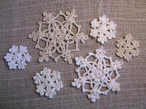 Простые, но эффектные новогодние снежинки крючком | Ярмарка Мастеров - ручная работа, handmade