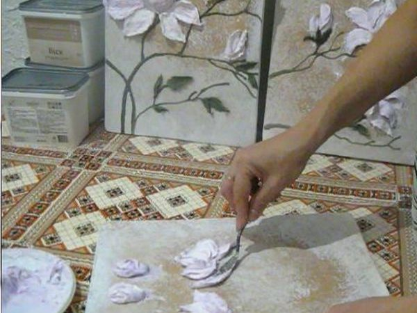 Видео мастер-класс по работе с декоративной штукатуркой: выкладываем  мастихином цветки магнолии   Ярмарка Мастеров - ручная работа, handmade