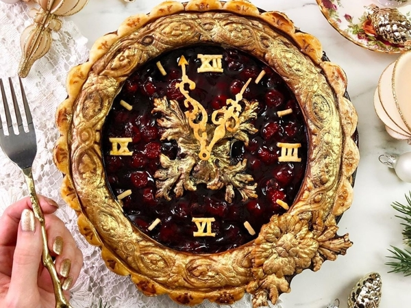 Self-Taught Cook Named Jessica Bakes Christmas Pies — And They Are Gorgeous! | Livemaster - handmade