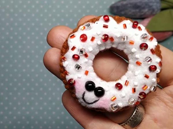 Пончик из фетра своими руками | Ярмарка Мастеров - ручная работа, handmade