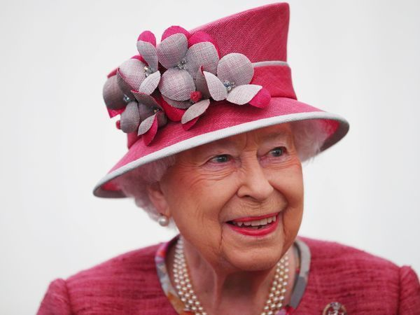 Royal Style: How the Queen Elizabeth's Hats Are Created | Livemaster - handmade