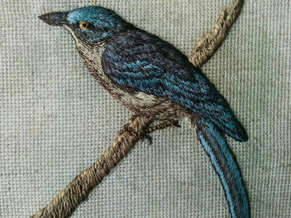 Авторская вышивка объемной птицы гладью  «Лесная красавица» | Ярмарка Мастеров - ручная работа, handmade