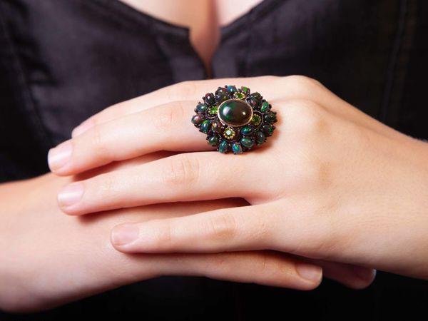 Царское кольцо с натуральными черными опалами | Ярмарка Мастеров - ручная работа, handmade
