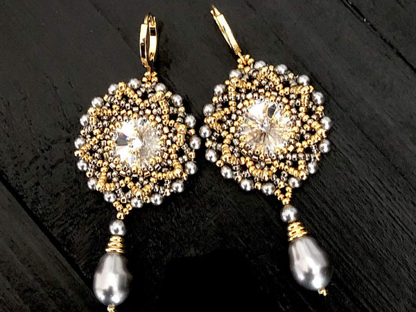 Creating Earrings From Beads And Swarovski Crystals | Livemaster - handmade