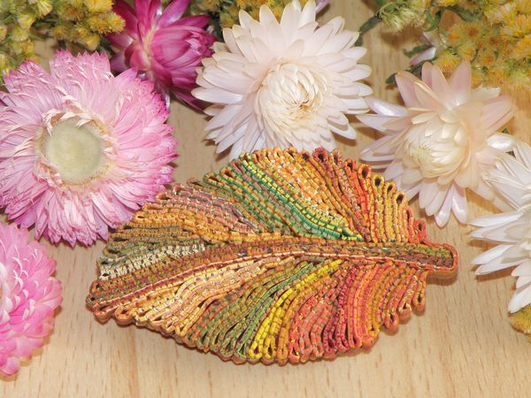 Создаем из полимерной глины брошку «Осенний лист» в технике «рваный край» | Ярмарка Мастеров - ручная работа, handmade