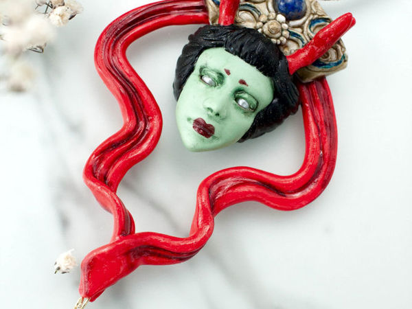 Западный дракон. Кулон ручной работы с камнем лазурит и жемчуг | Ярмарка Мастеров - ручная работа, handmade