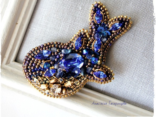Вышиваем брошь-кулон «Королевский кит» | Ярмарка Мастеров - ручная работа, handmade