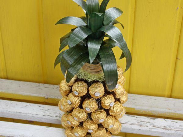 Мастерим подарочный «Ананас» из бутылки и конфет | Ярмарка Мастеров - ручная работа, handmade