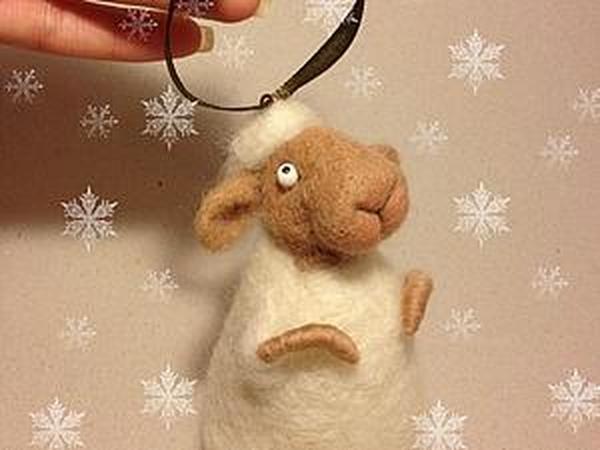 Валяем новогоднюю овечку | Ярмарка Мастеров - ручная работа, handmade