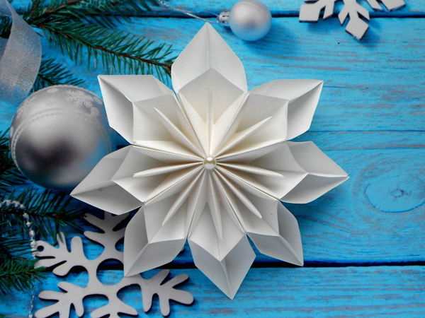Crafts for Kids: Christmas Paper Snowflake | Livemaster - handmade