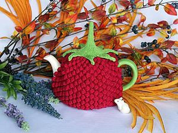 Вяжем грелку для чайника «Малиновый вкус» | Ярмарка Мастеров - ручная работа, handmade