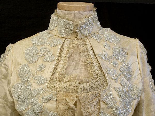 Атласное платье с вышивкой из бисера, 1888-1900 | Ярмарка Мастеров - ручная работа, handmade
