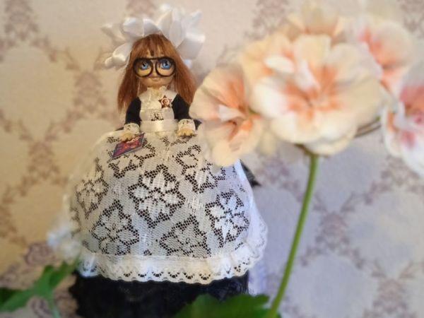 Советская школьница-малышка с букварем | Ярмарка Мастеров - ручная работа, handmade