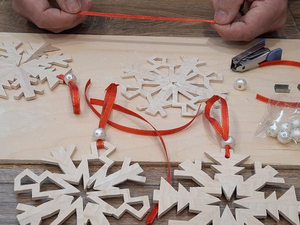 Делаем деревянные снежинки своими руками   Ярмарка Мастеров - ручная работа, handmade
