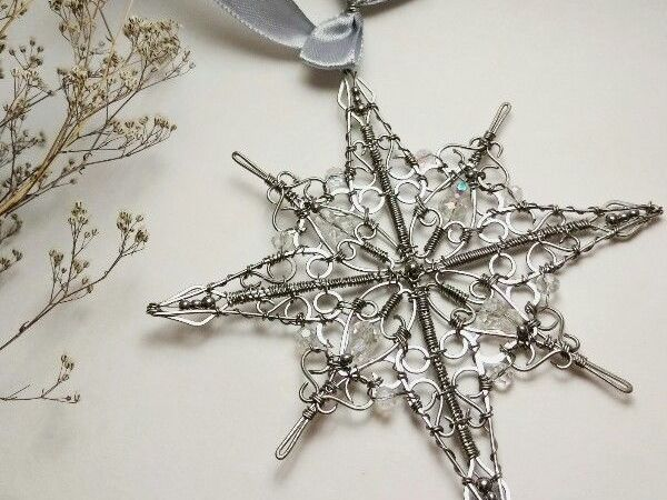 How to Make a Snowflake in the Wire Wrap Technique | Livemaster - handmade