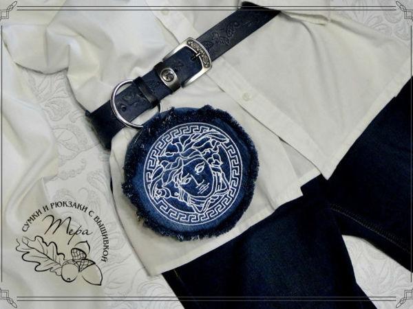 НОВИНКА Поясная  джинсовая сумочка  «Версаче» | Ярмарка Мастеров - ручная работа, handmade