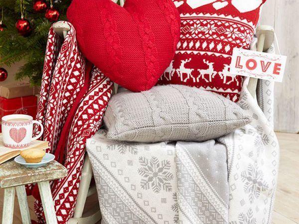 Декоративные новогодние подушечки: 26 праздничных вариантов | Ярмарка Мастеров - ручная работа, handmade