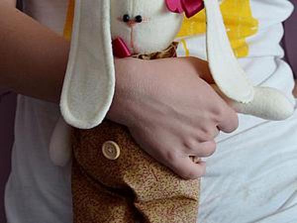 Зайка из флиса: шьем ушастого друга | Ярмарка Мастеров - ручная работа, handmade