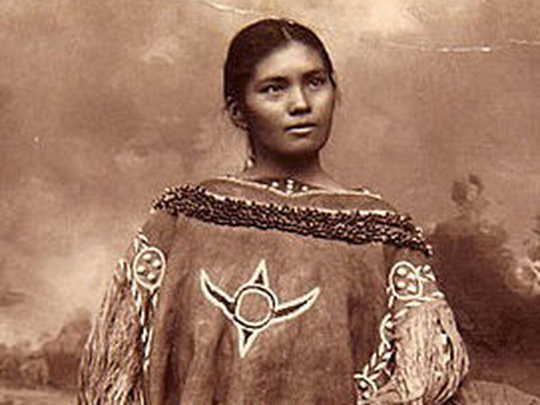 What the Indigenous Women of North America Looked Like: Vintage Photos of Indian Girls   Livemaster - handmade