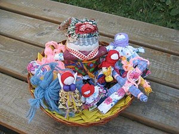 Обережное рукоделие. Куклы весенних праздников: Вербница, Голубка, Хозяюшка-благополучница | Ярмарка Мастеров - ручная работа, handmade