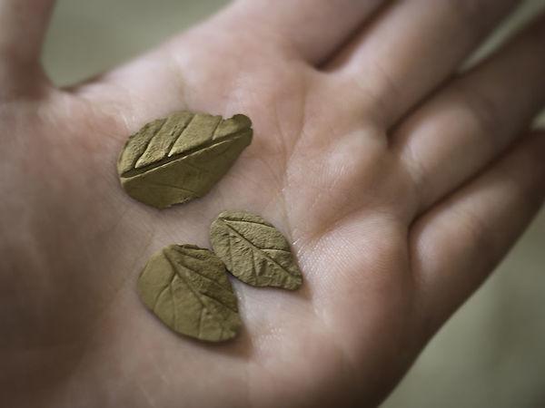 Делаем листочки из бронзовой глины | Ярмарка Мастеров - ручная работа, handmade