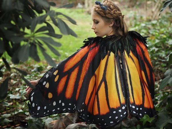 Эффект бабочки, или Необычная коллекция плащей и палантинов от испанского дизайнера Alassie | Ярмарка Мастеров - ручная работа, handmade