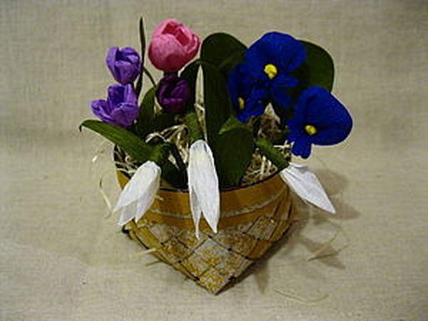 Плетеная корзиночка с цветами из крепированной бумаги, часть 1 | Ярмарка Мастеров - ручная работа, handmade