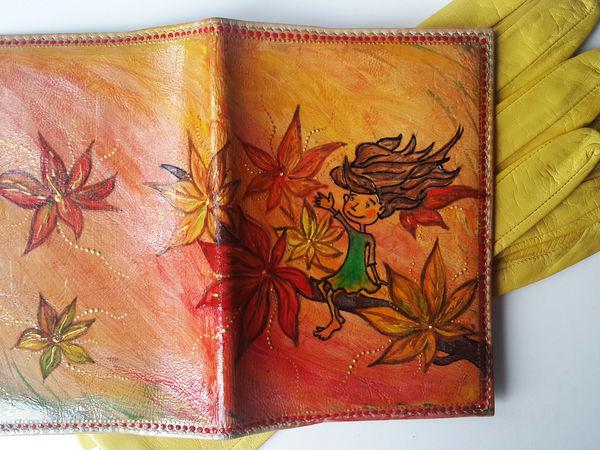 Обновляем старую обложку для паспорта с помощью рисунка Девочки-Осени | Ярмарка Мастеров - ручная работа, handmade