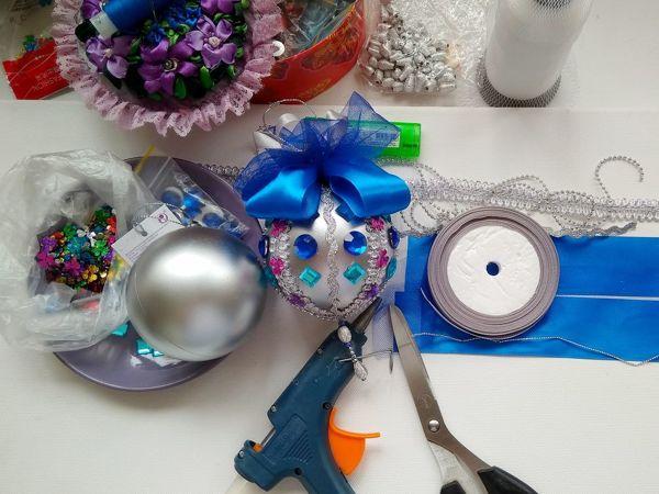 Видео мастер-класс по декору новогодней игрушки: Я шарик сотворила из того, что было!   Ярмарка Мастеров - ручная работа, handmade