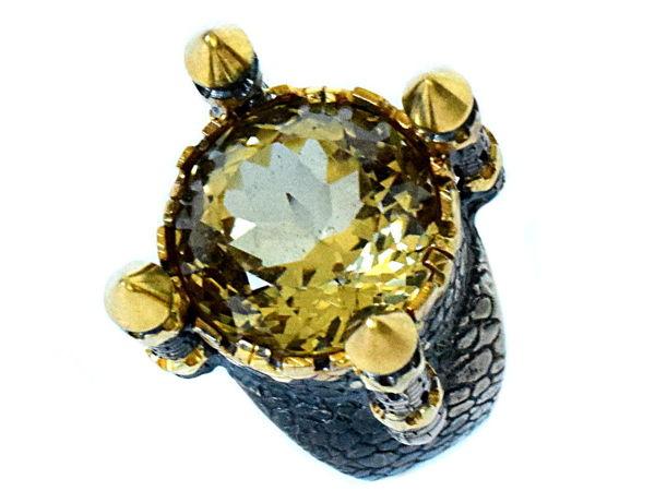 Солнце в колодце — крупное кольцо с натуральным цитрином ручной огранки 17.7 карат   Ярмарка Мастеров - ручная работа, handmade