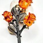 amber-brooch