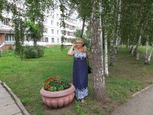 Татьяна плету корзины