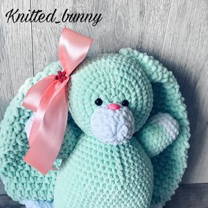 Knitted_bunny