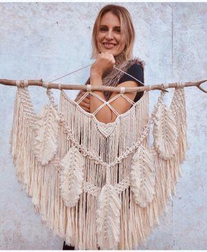 Happy weave